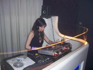 ladyfunkmoccoclub.jpg
